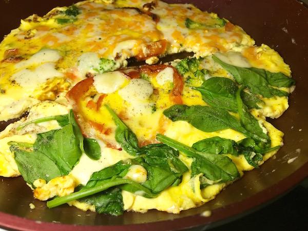 Omelette Poivron Rouge aux deux Fromage 2