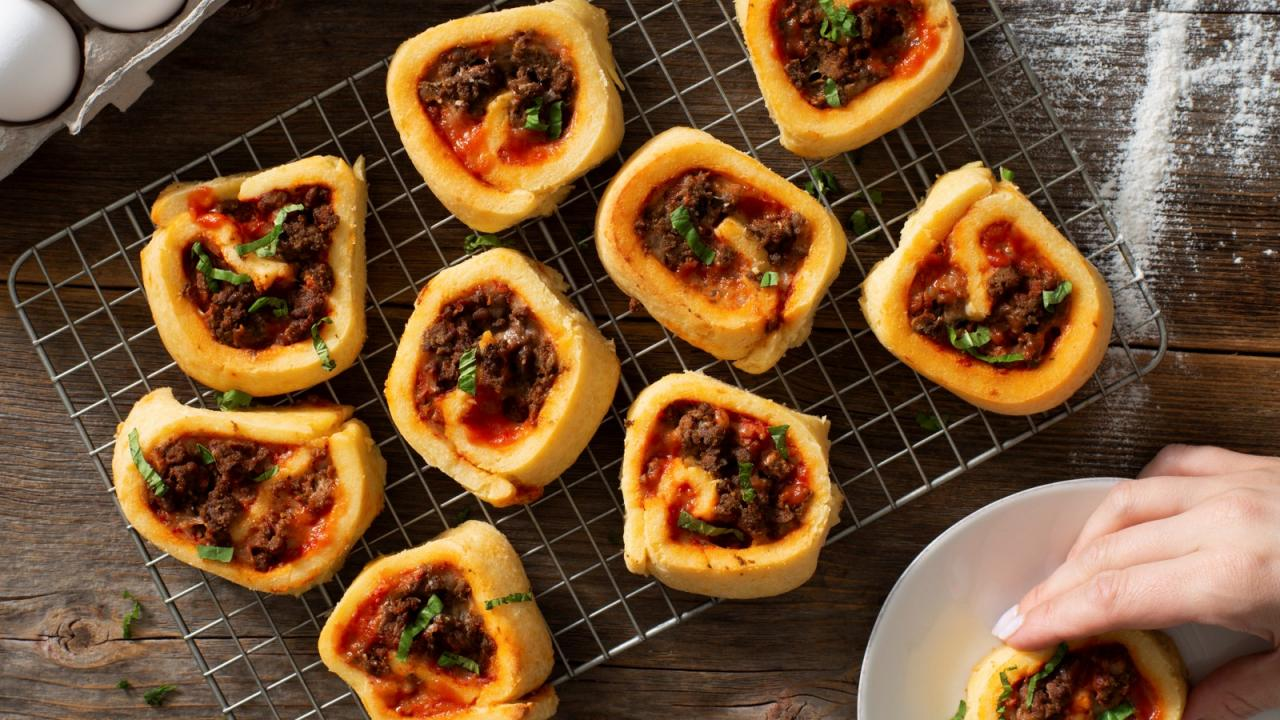 Photo Recette Pizzas « keto » Roulées à la Saucisse