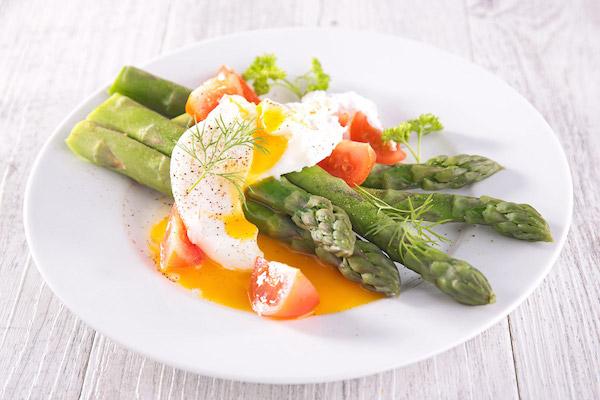 Photo Recette Plat Salade D'asperges & Oeuf Mollet