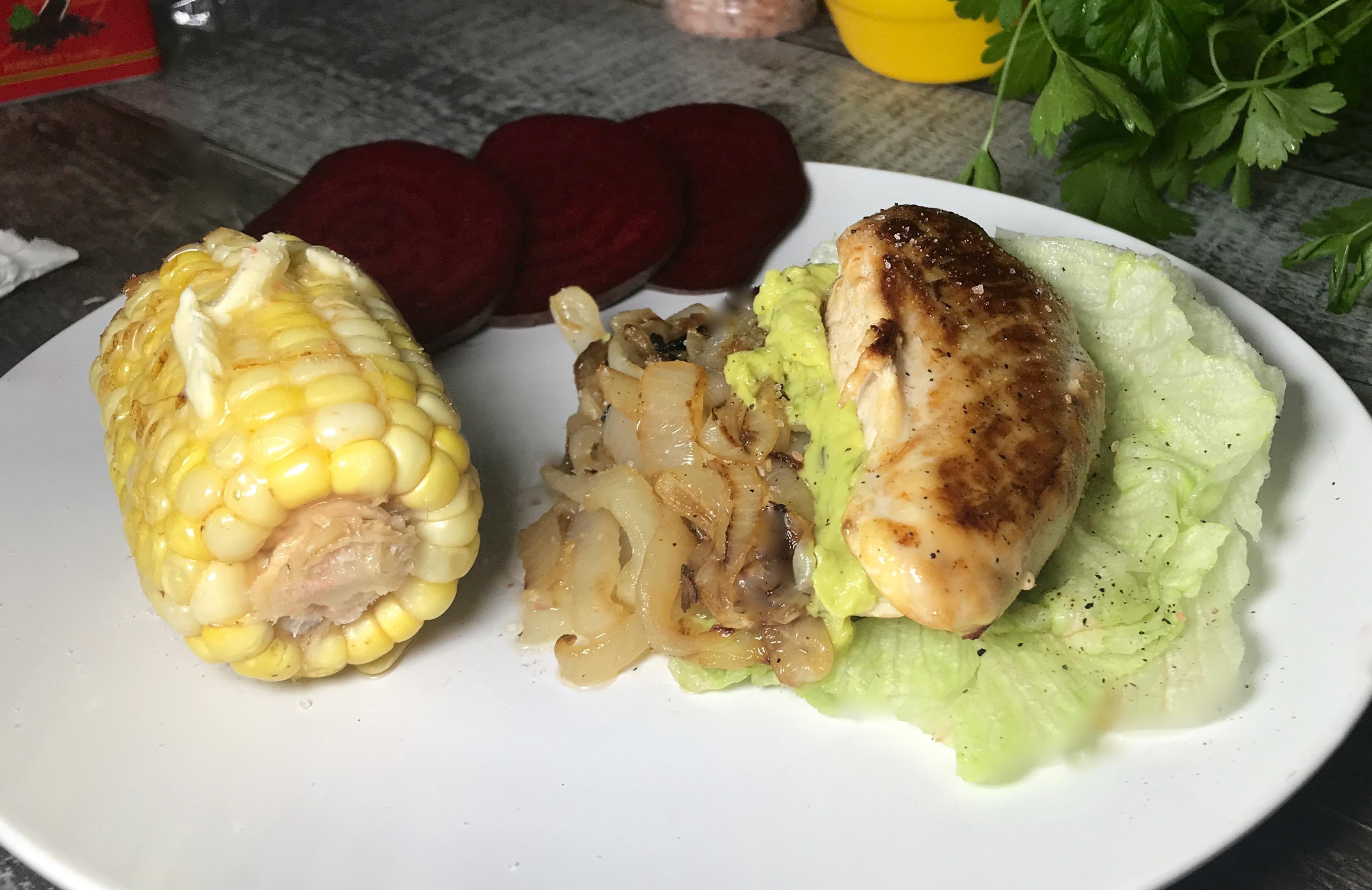 Poulet Farci de Guacamole et D'oignons Caramélisés