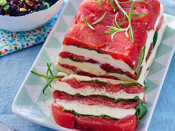 Pressé de Tomates, Mozzarella & Salade de Riz Noir aux Pignons