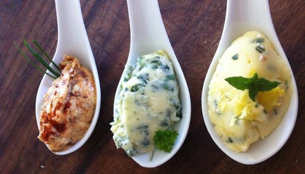 Punchez vos Épis de Maïs avec 3 Recettes de beurre Aromitisé