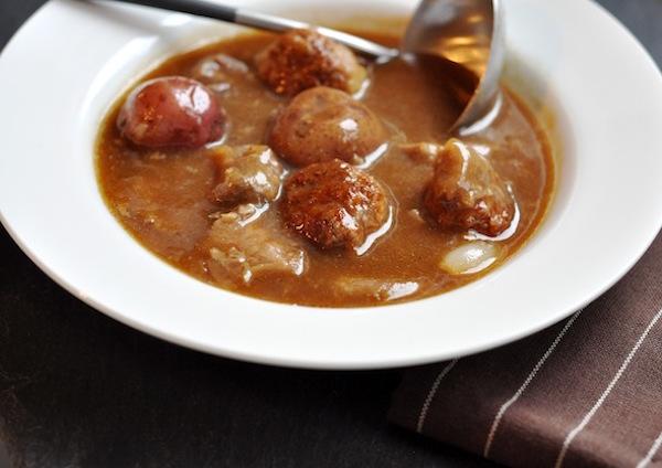 Recette Sans Gluten: Ragoût de Boulettes et de Pattes (jarrets) de Cochon