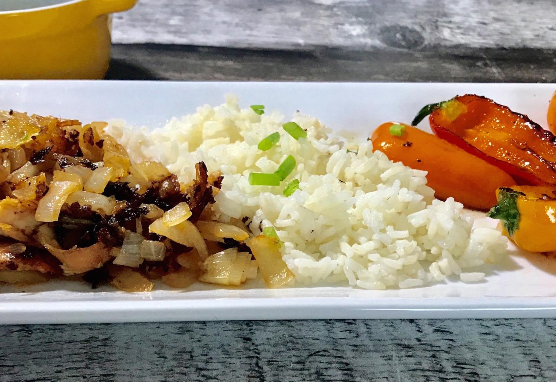 Photo Recette Riz au Poulet, Oignons Caramélisées et Poivrons