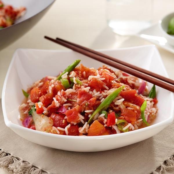 Riz Frit aux Tomates et aux Légumes