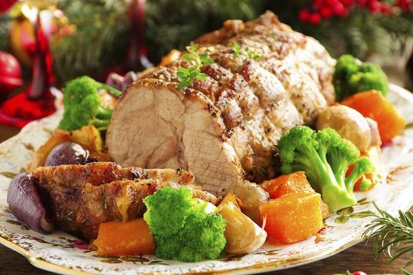 Rôti de Porc Sauce Thon-Mayonnaise et Légumes D'été