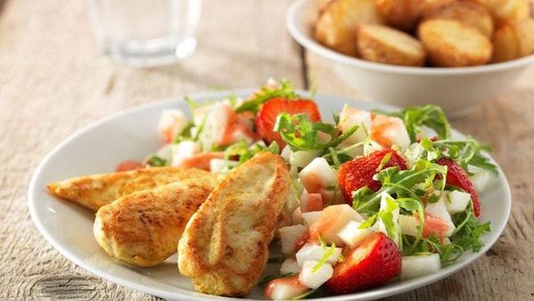 Salade au Poulet et aux Fruits