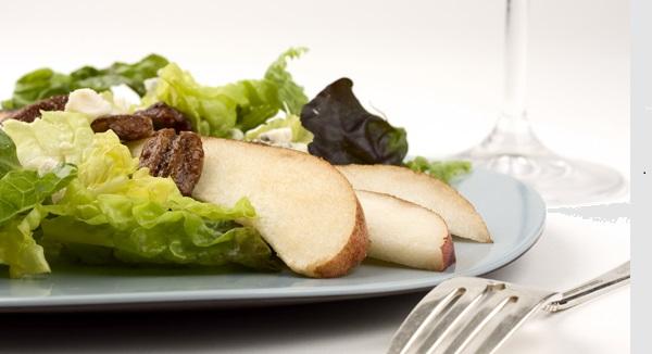 Salade aux Poires, Pacanes et Parmesan