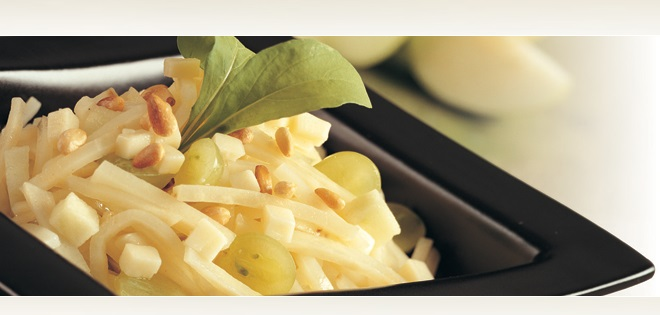 Salade de Céleri-rave, Pomme et Fromage Friulano