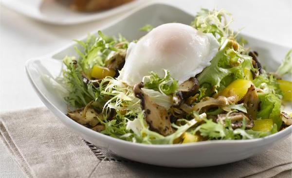 Photo Recette Salade de Champignons Sauvages et Oeufs Pochés