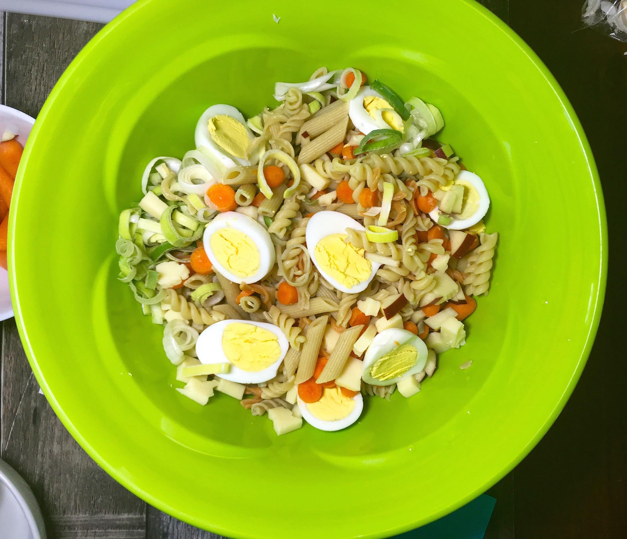Photo Recette Salade de Pâtes à Mamie Jo et Maély