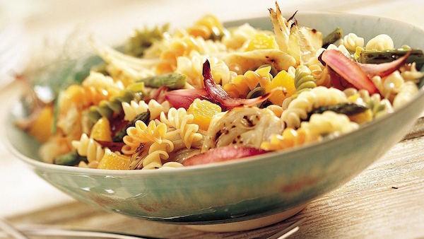 Salade de Pâtes aux Asperges et au Fenouil Grillés