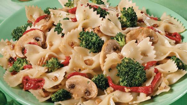 Salade de Pâtes aux Légumes et aux Noix