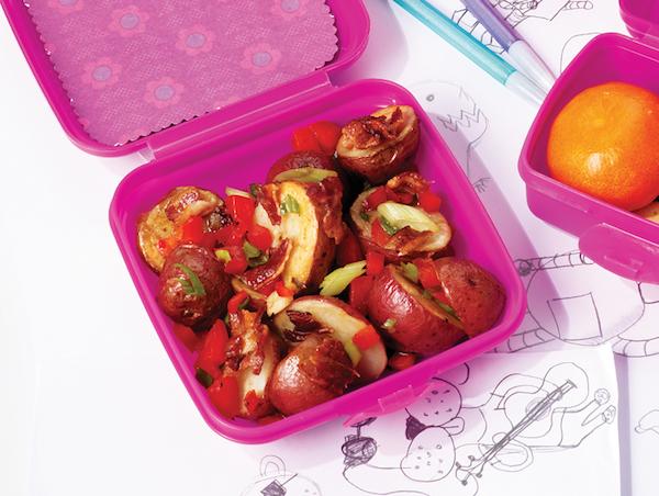Salade de Pommes de Terre Grillées, de Poivrons Rouges et de Bacon