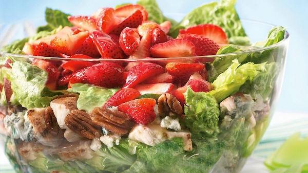 Salade de Poulet Estivale en Couches