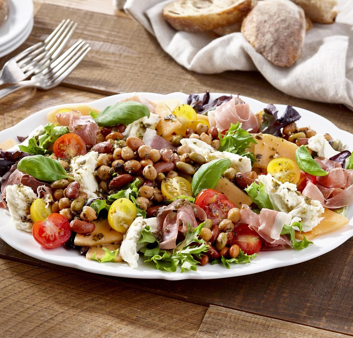 Photo Recette Salade de Proscuitto-melon et Légumineuses au Pesto