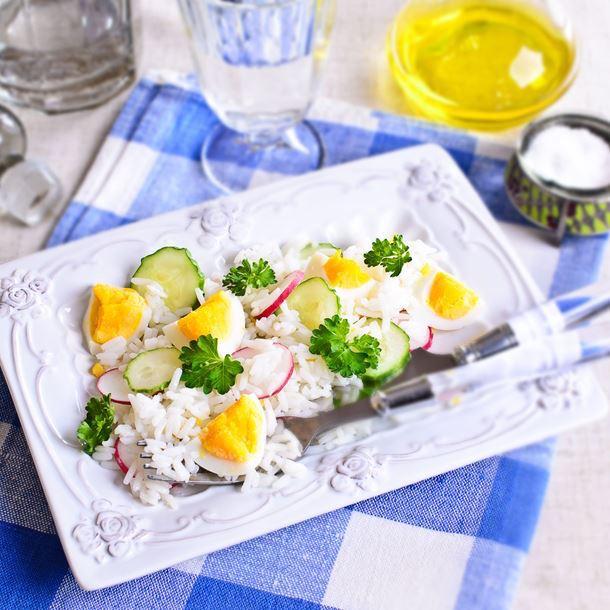 Salade de Riz au Concombre Radis et Oeufs Durs