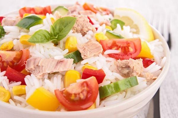Salade de Riz au Thon Légumes et Mayonnaise