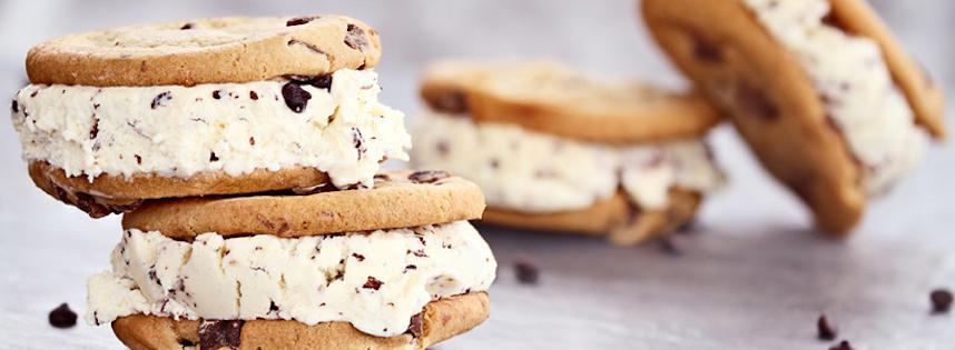 Sandwich à la Crème Glacée et Biscuits