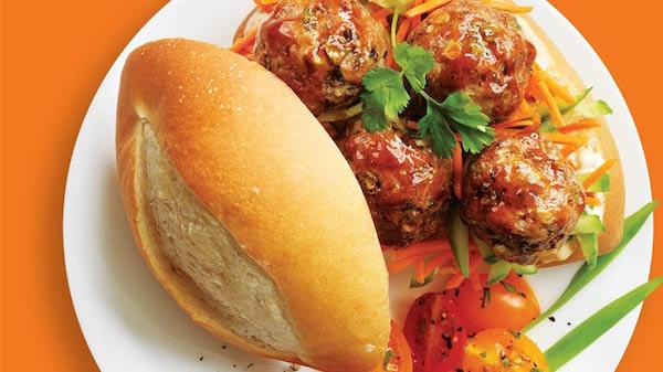 Sandwich aux Boulettes de Viande à la Vietnamienne