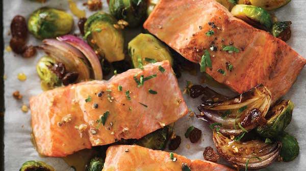 Saumon et Choux de Bruxelles Grillés à L'érable