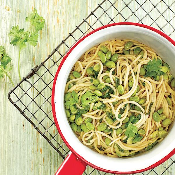 One-Pot-Pasta: Soba aux Edamames et au Gingembre