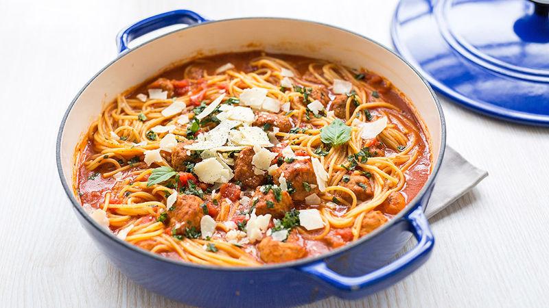 Soupe au Spaghetti aux Boulettes de Viande