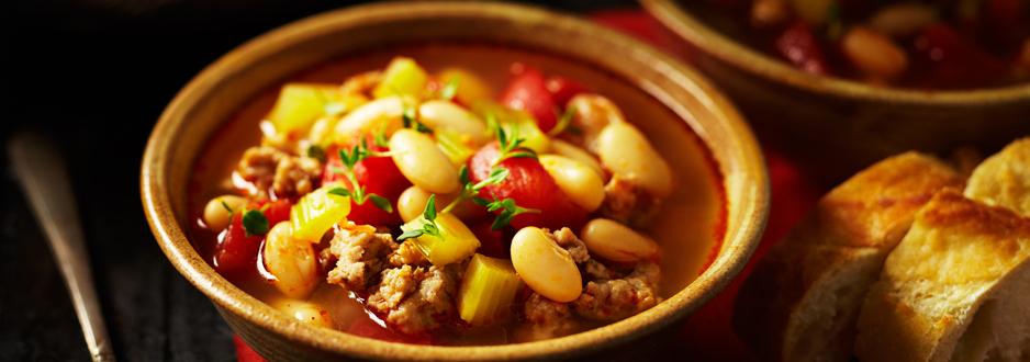Soupe aux Haricots Blancs avec Saucisse Italienne