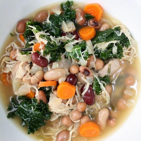 Soupe aux Légumineuses Poulet et Kale