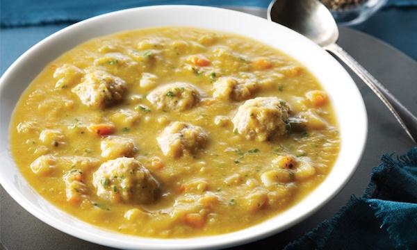 Soupe aux Pois Cassés et aux Boulettes de Poulet à la Mijoteuse
