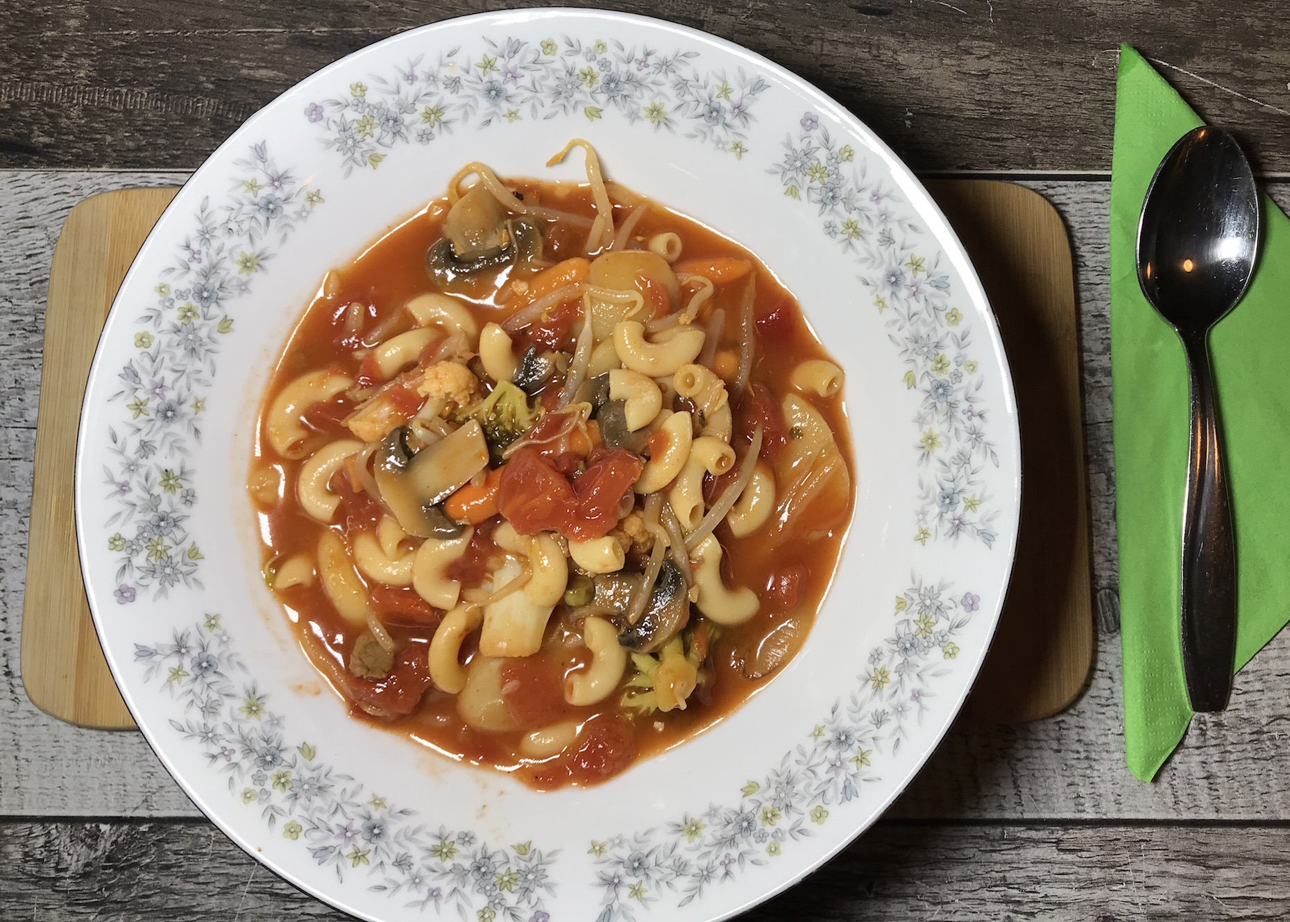 Soupe aux Tomates et Légumes (Le vide frigo du Vendredi)