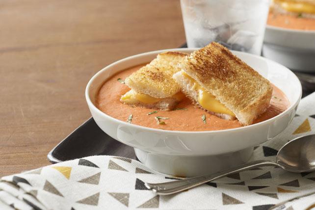 Soupe aux Tomates et Sandwich au Fromage Fondant