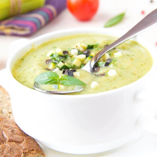Photo Recette Soupe de Concombre Froide à la Menthe et Yaourt