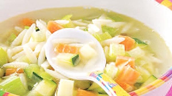 Soupe Orzo et Courgettes