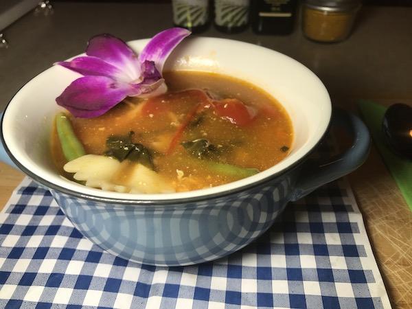 Soupe Poulet Légumes et Jus Tomates 1