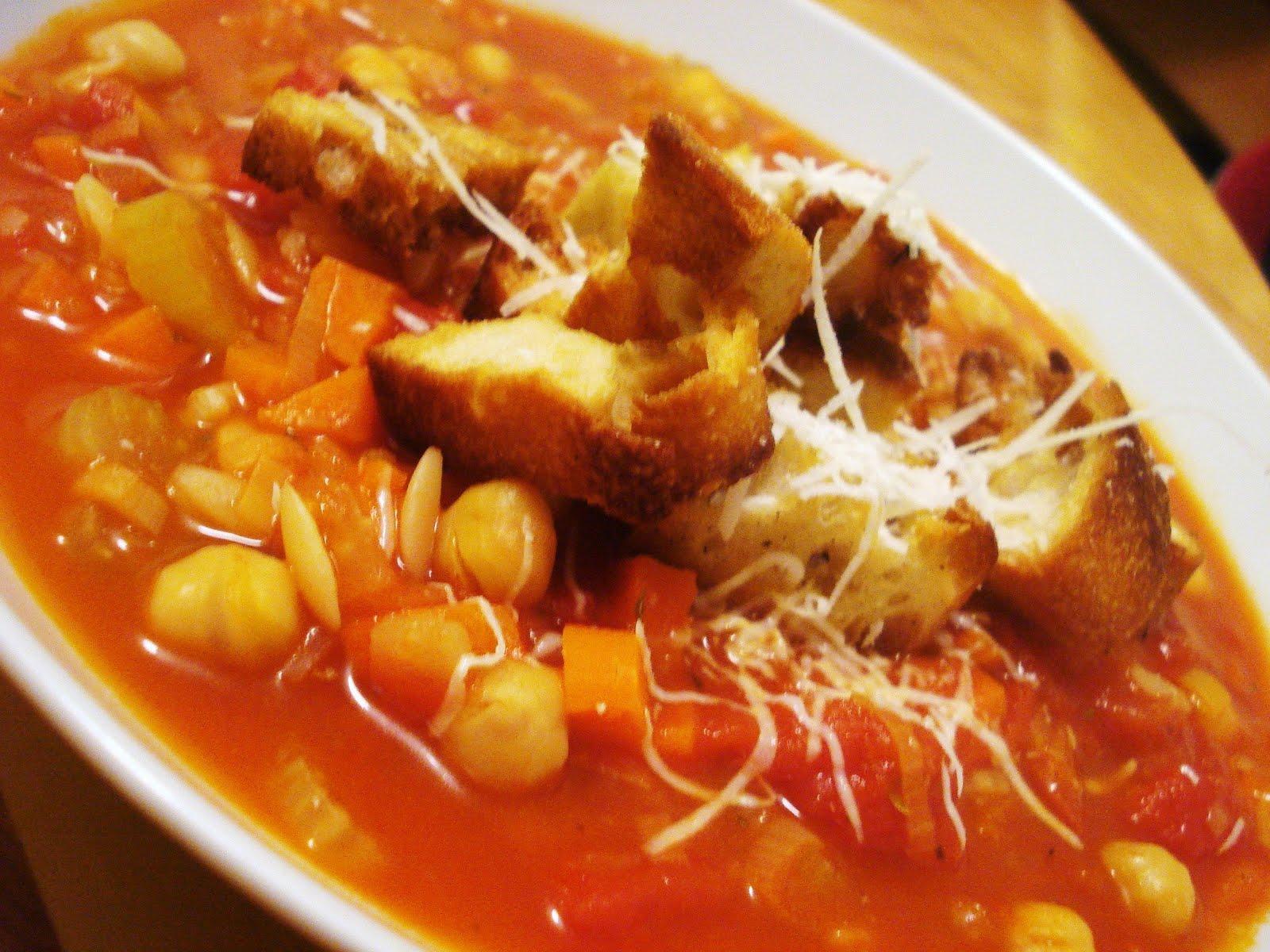 Photo Recette Soupe Rustique à la Tomate, aux Pois Chiches et au Pain Grillé
