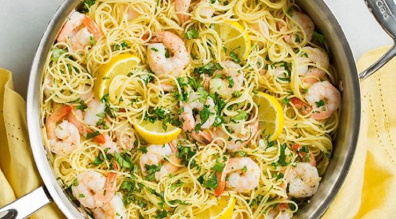 Spaghetti à L'ail, Citron et Crevette