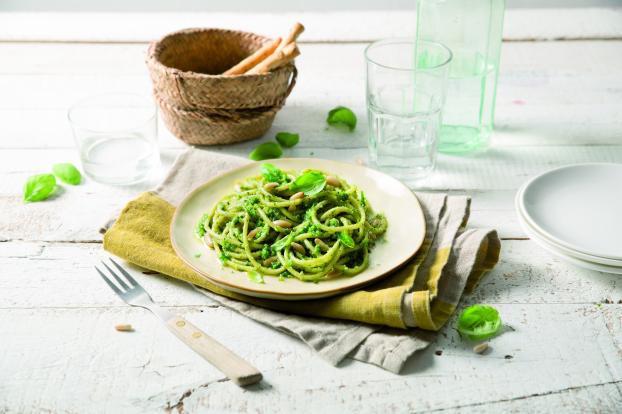 Spaghetti a Pesto Genovese Pignons de Pin et Basilic Frais