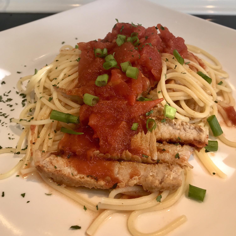 Photo Recette Spaghetti et Côtelette de Porc Sauce Tomates