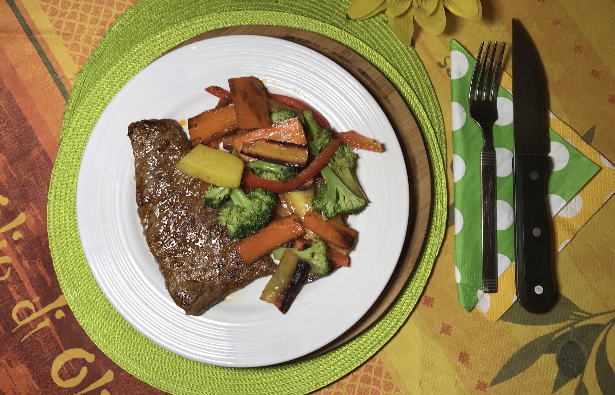 Steak et Sauté de Légumes