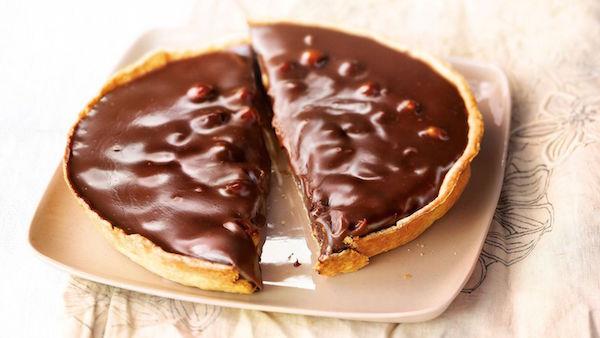 Tarte au Chocolat Fondant et Fruits Secs Caramélisés