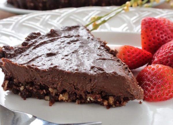 Tarte au Chocolat Noir et à L'avocat (sans cuisson)