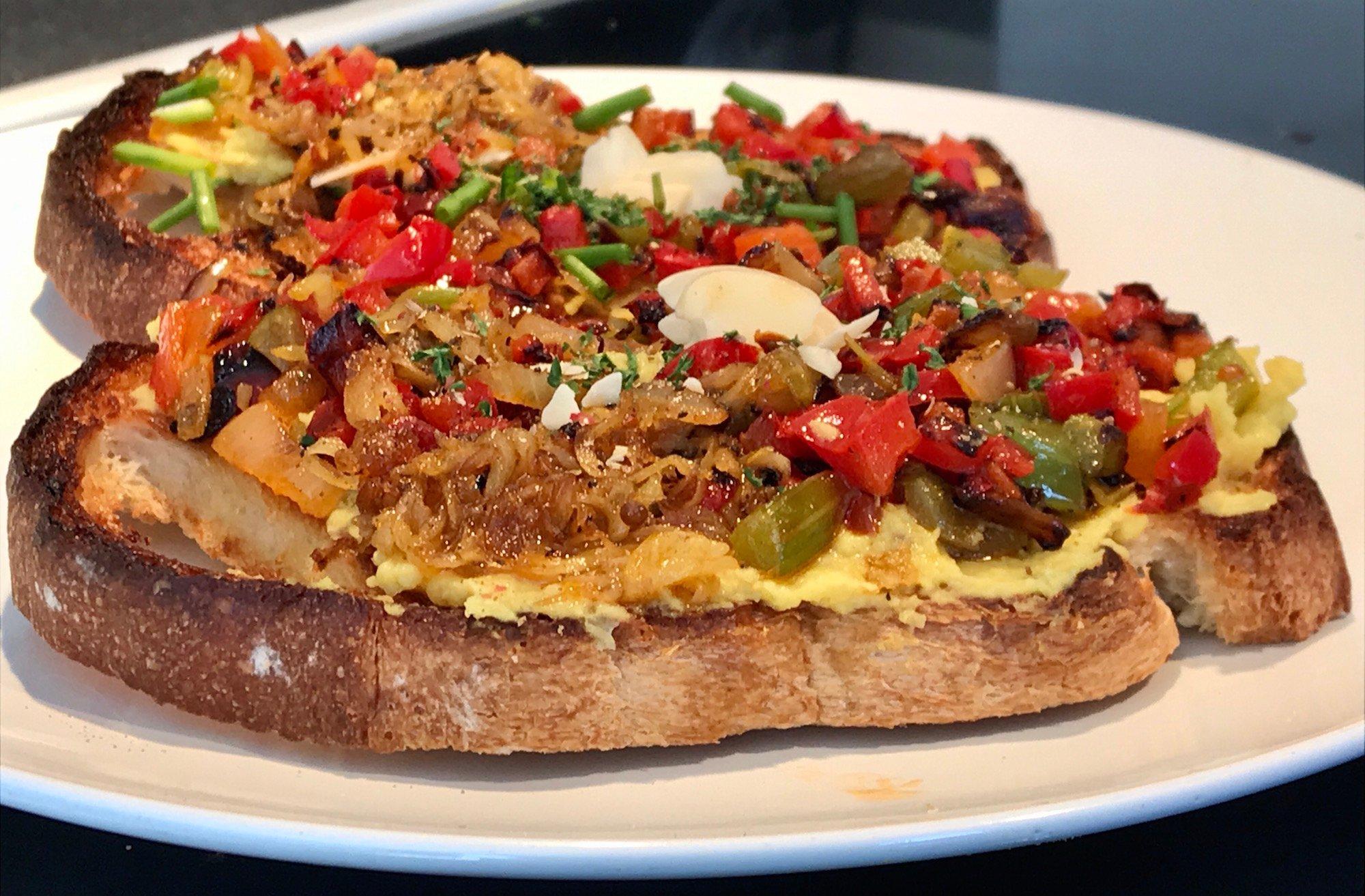 Photo Recette Tartine de Hummus et Légumes Sautés
