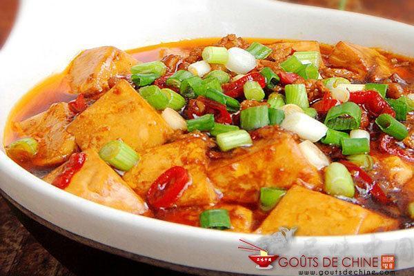 Tofu Tendre à la Sauce Piquante