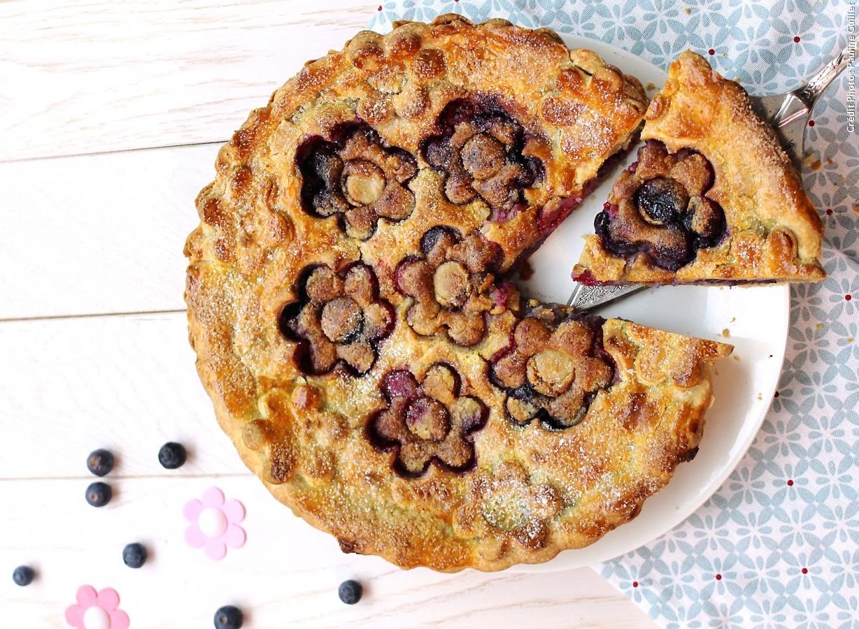 Photo Recette Tourte Fleur aux Fruits Rouges et Crème D'amandes