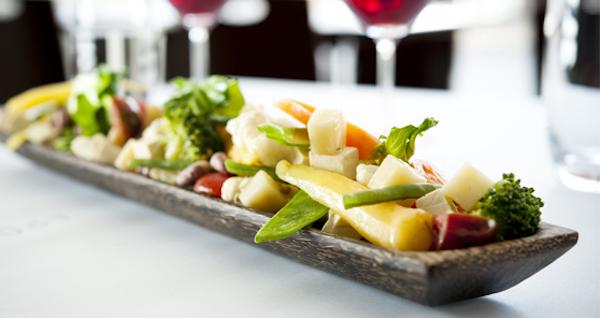 Wok de Légumes et Tofu aux Éclats D'arachides Citron et Fromage Allégro 4 % Herbes et Épices