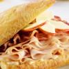 Ciabatta à la Dinde Fumée, Bacon, Pommes et Mayonnaise