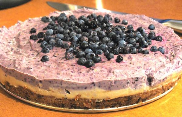 Cheesecake Cru au Faux-mage aux Bleuets (myrtilles) sans gluten, sans produits laitiers